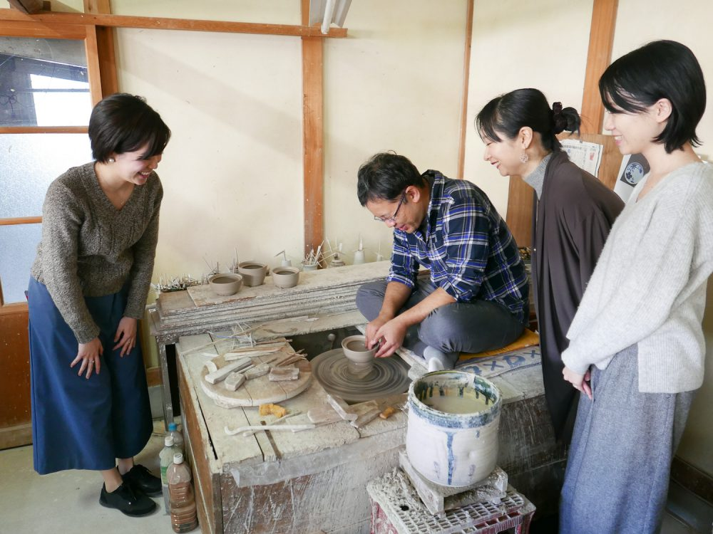 愛知県から瀬戸焼のこぼしにくい器